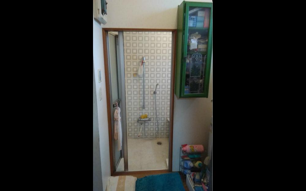 既存 浴室